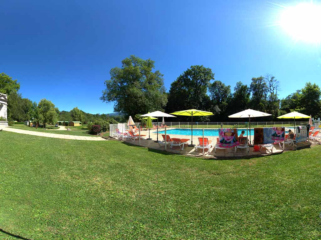Camping en ariege saint girons camping avec piscine for Camping toulouse piscine